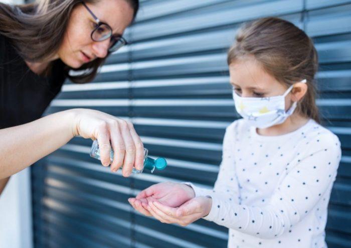 Alertan precauciones del uso de antibacteriales