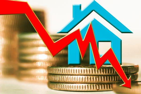Caen por primera vez precios interanuales de viviendas desde 2016